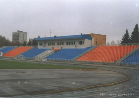 Стадион Октябрь - трибуна